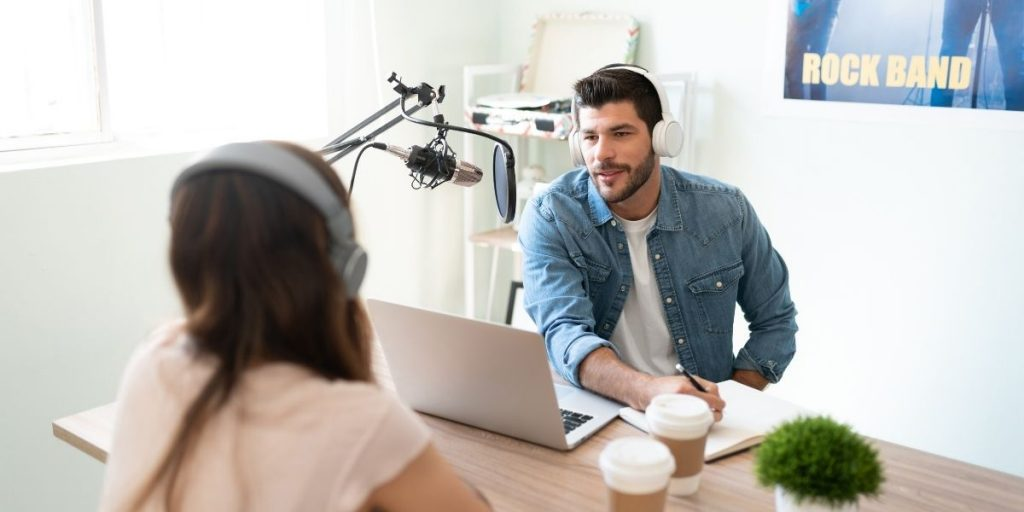 How To Promote Your Podcast: 10 Effective Strategies To Try